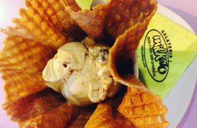 Σπιτικό παγωτό με φρέσκο γάλα Νάξου